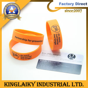 Customized Silicone Bracelet with Logo for Promotional Gift (KWB-01A) pictures & photos