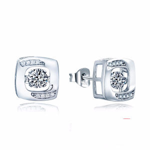 Fashion Jewelry 925 Silver Stud Earrings with Dancing Diamond pictures & photos