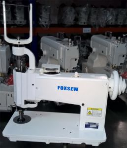 Handle Operated Chainstitch Embroidery Machine pictures & photos