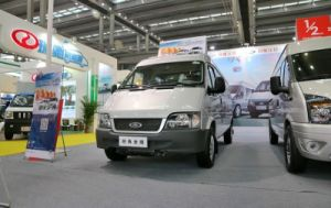 Jiangling-Ford Transit Classic 158 HP Closed Van (short axis) pictures & photos
