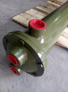 Multi-Tube Oil Cooler Heat Exchanger or Series pictures & photos