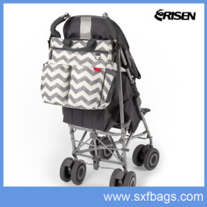 Following Trend Diaper Mummy Tote Bag with Functional Pocket pictures & photos