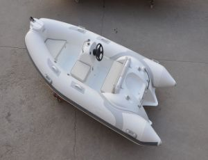 Liya Pontoon Boat 3.8m PVC Fishing Dinghy Boat Rib Sale pictures & photos