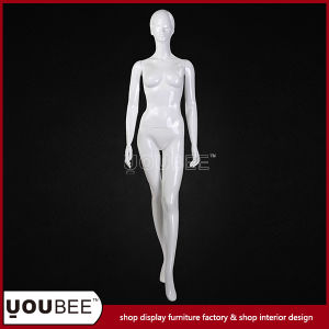 Attractive Female Fiberglass Manikin for Clothes Store Window Display pictures & photos