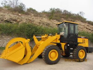 3ton Front Wheel Loader with A/C pictures & photos