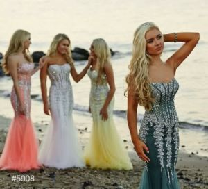 2017 Gorgeous Custom Made Sweetheart Beaded Chiffon Floor Length Prom Dress pictures & photos