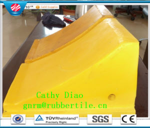 Qingdao Factory Supply Rubber Car Wedge Rubber Wheel Chock Rubber Car Wheel Stopper pictures & photos