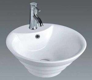 Ceramic Sanitary Ware Freestanding Wash Basin Bathroom Counter Basin (7015) pictures & photos