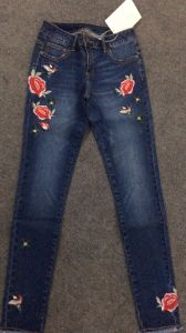 Hot Sale United States Fashion Wind Flowers Embroidered Jeans pictures & photos