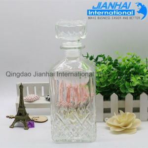 High Quality Clear Glass Wine or Liquor Bottle Wholesale pictures & photos