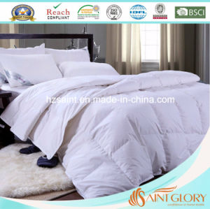 Classic Washable Polyester Hollow Fiber Comforter pictures & photos