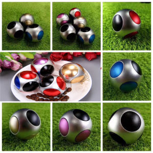 Cool Fashion Football High Speed Hand Spinner Toys pictures & photos