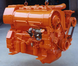 Original 4 Cylinder Deutz Diesel Engine (BF4L413FR) pictures & photos