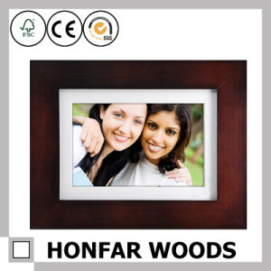 Promotional Gift Brown Wooden Picture Frame with Mat pictures & photos