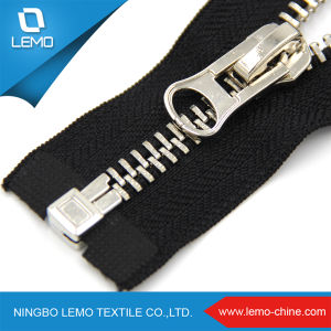Metal Brass Gold Zipper with Different Treating Process pictures & photos