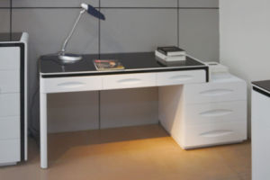 High-Quality Office Director Table Computer Desk Home Office Furniture (SZ-B108) pictures & photos