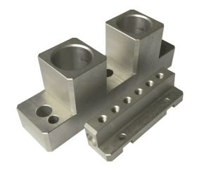Custom Precision Aluminum CNC Turning Machining Parts for Truck Parts pictures & photos