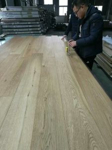 Russia Oak Nature Color Lacquered Finishing Engineered Wood Flooring pictures & photos