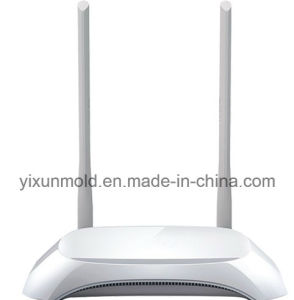 Customized Moulded 300Mbps ABS Plastic 4G Lte Wireless WiFi Routers pictures & photos