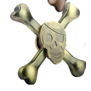 The New Fidget Spinner Skull Head Hot Selling pictures & photos