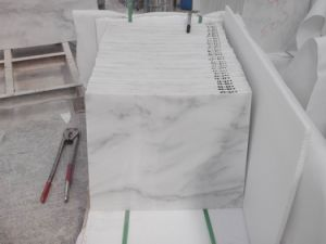 White Marble Statuary White Flooring and Wall Cladding Tile pictures & photos