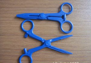 Plastic Forceps with Jaw Grips pictures & photos