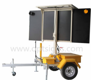 Solar Powered Portable Traffic Control Trailer Mounted Flashing LED Arrow Boards pictures & photos