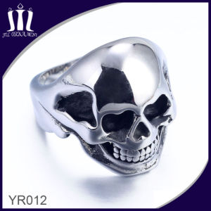 Yr012 Hot Sale 316L Titanium Skull Ring for Men pictures & photos