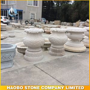 Yellow Granite Standing Flowerpot pictures & photos