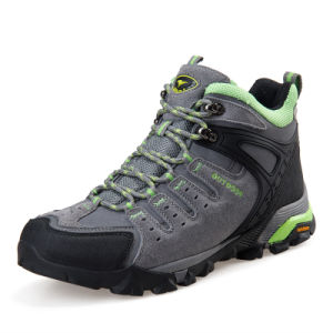 Hiking Boots Outdoor Mountain for Men Women Climbing (AK8945) pictures & photos
