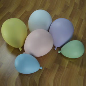 Fiberglass Colorful Balloon for Window Display pictures & photos