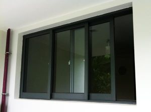 Double Glazed Sliding Commercial Aluminum Window pictures & photos