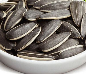 Chinese Most Popular and Hot Sale Sunflower Seeds 363 pictures & photos