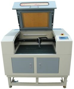 Low Cost Laser Engraving Machine for Acrylic with CE FDA pictures & photos