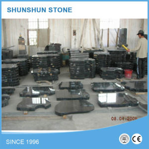 China Professional European Style Granite Tombstone pictures & photos