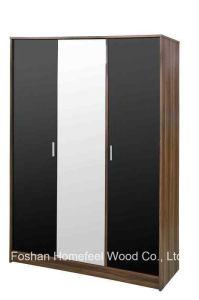 Ottawa Wooden High Gloss 3 Door Wardrobe Closet with Mirror pictures & photos