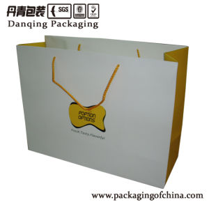 Paper Bag with Rope Plastic Packaging, Gift Bag, Paper Bag, Bag with Handle pictures & photos