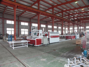 Wood Plastic Composite Machine/PVC Foam Board Extrusion Line pictures & photos