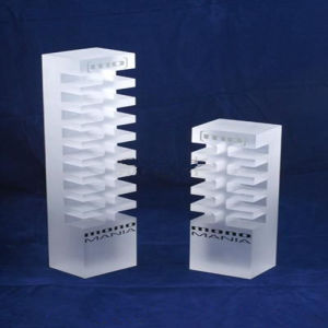Large Square Cube Acrylic Display Cube and Risers pictures & photos