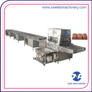 Chocolate Coating Machine Food Candy Cake Chocolate Enrober pictures & photos