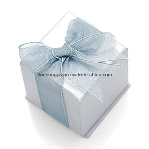 Cardbord Gift Packaging Box Printing with Silk Knot pictures & photos