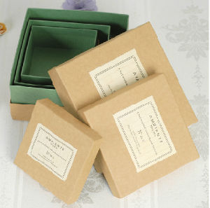 Quality Natural Kraft Paper Box with Lid Small Square Kraft Paper Boxes pictures & photos