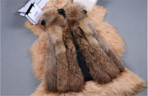 High Quality Lady Real Fox Fur Vest pictures & photos