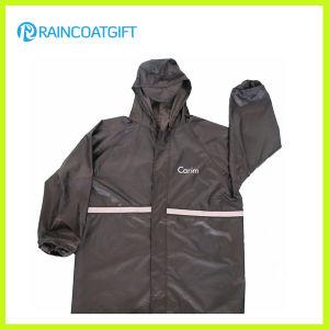 Black Polyester PVC Reflective Waterproof Rain Jacket pictures & photos