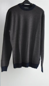 Round Neck Patterned Knit Pullover Sweater for Men pictures & photos