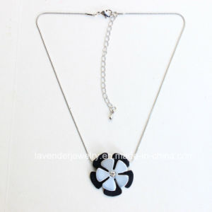 Fashion Necklaces for Women Matt Silver Plated Jewelry Accessory