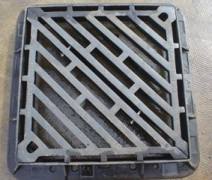 En 124 B125 Ductile Cast Iron Rectangle Manhole Cover Frame pictures & photos