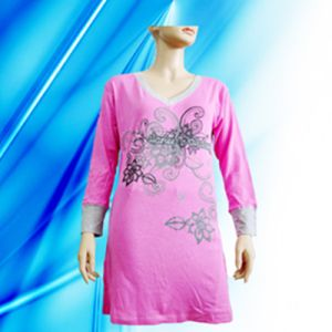 100% Cotton Lady′s Discharge Print Nightdress pictures & photos
