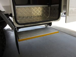 China single electric folding step for motorhome for Motorized rv entry steps