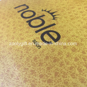 Fsc Certificated Printing Gift Packing Paper Bag with Custom Logo pictures & photos